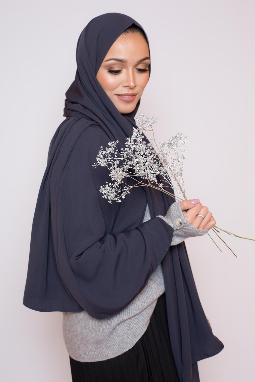 Hijab soie de médine gris anthracite