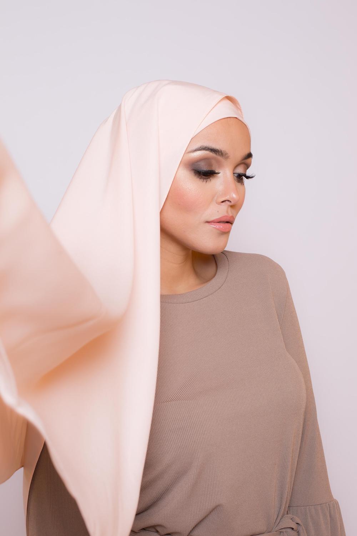 Hijab soie de médine nude rosé