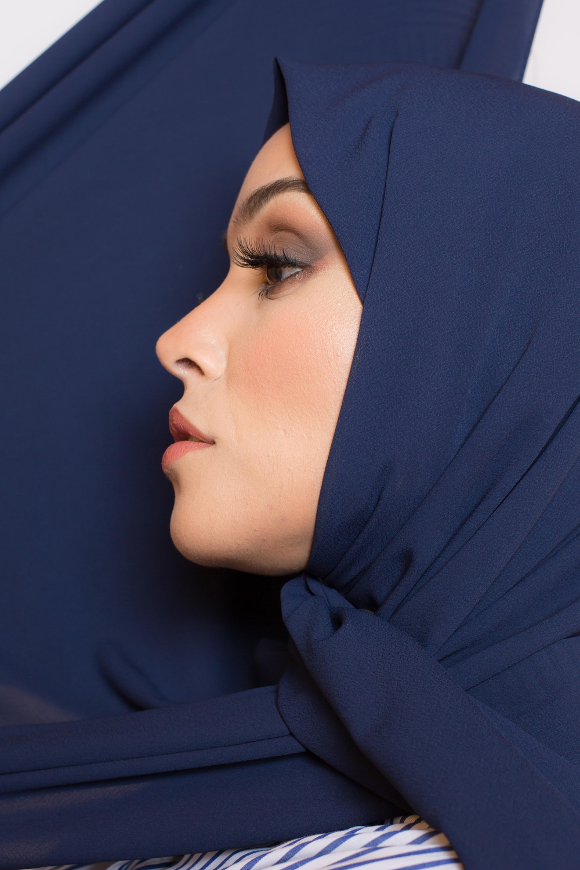 Hijab premium bleu foncé