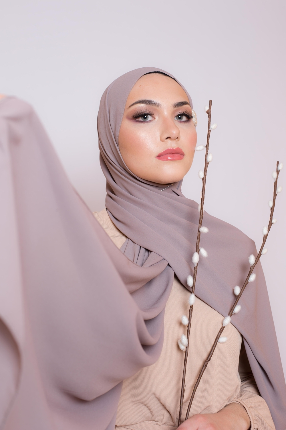 hijab luxe mousseline taupe boutique femme musulmane