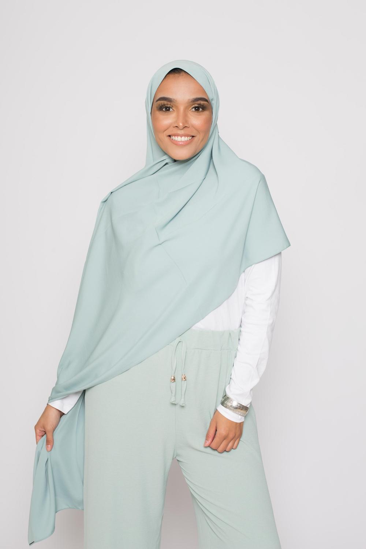Hijab soie de médine vert eau