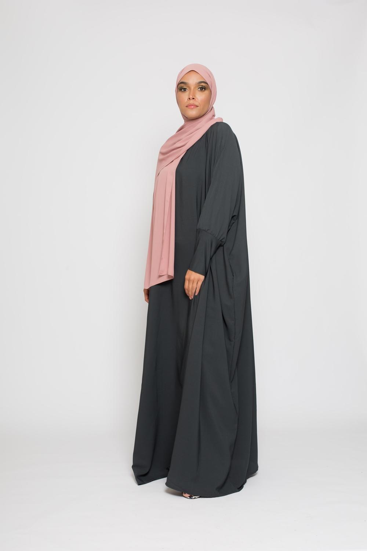 Abaya saoudienne grise