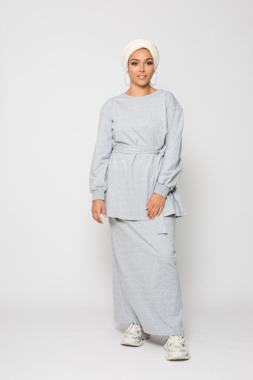 Ensemble sport jupe gris