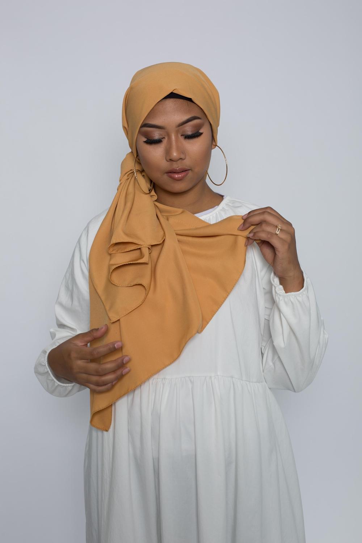 Hijab soie de médine moutarde