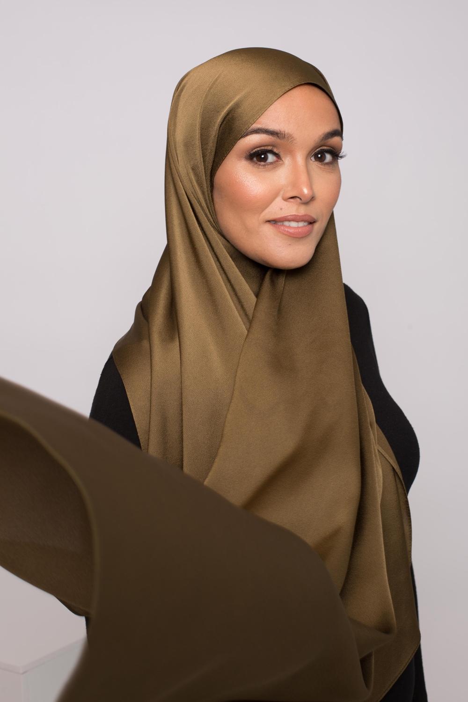 hijab satiné kaki