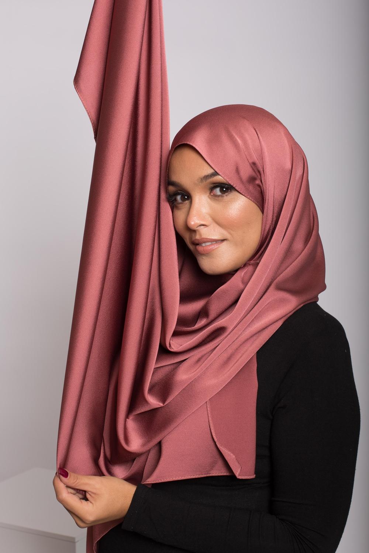 hijab satiné terre cuite