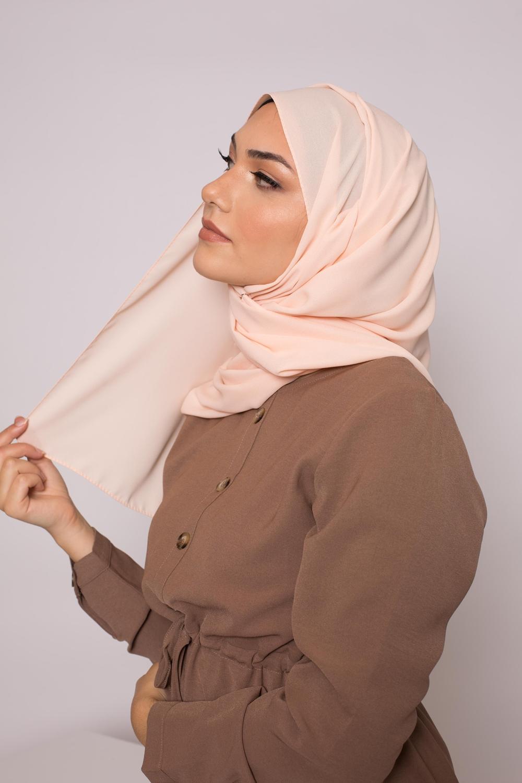 hijab luxe mousseline nude saumon