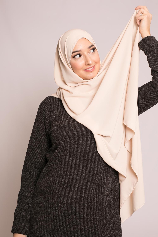 Hijab soie de médine beige clair
