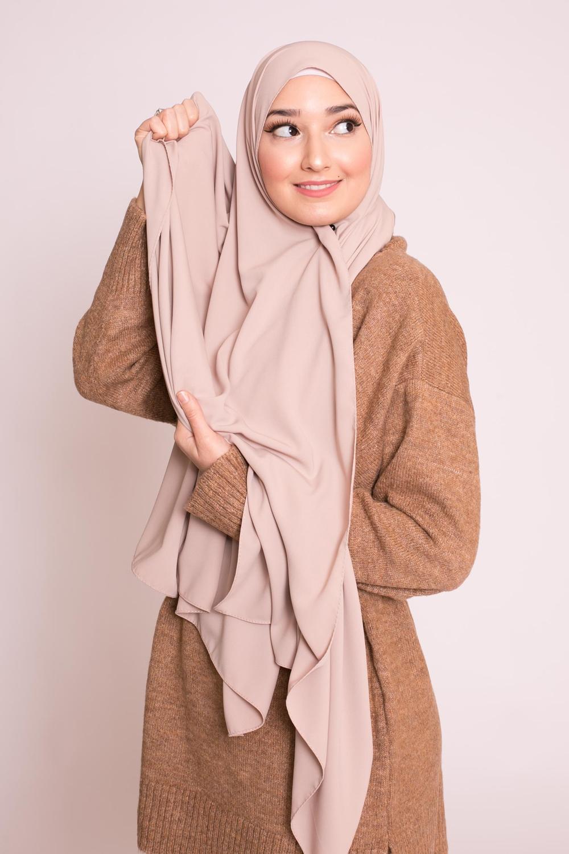 Hijab soie de médine nude marroné