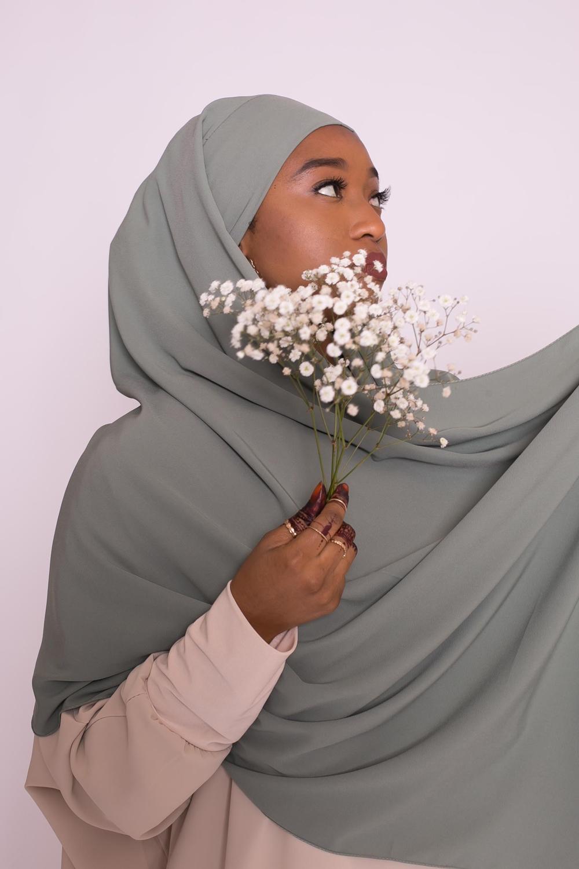 Hijab prêt à nouer soie de médine kaki