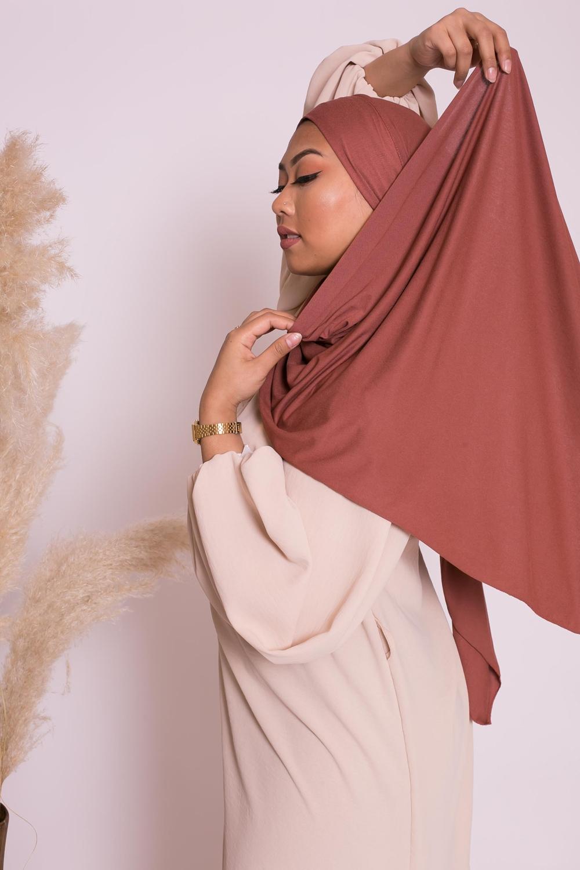 Hijab jersey luxe soft prêt à nouer brique marroné