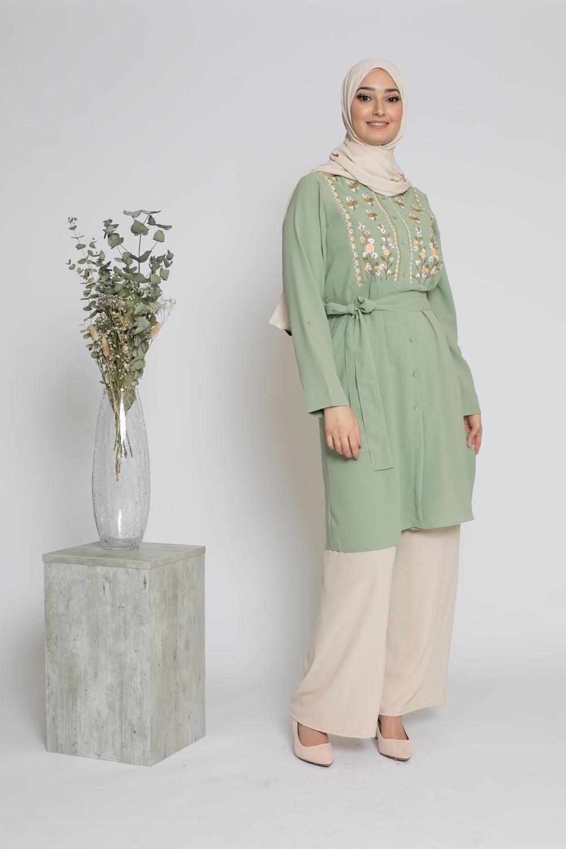 Tunique chemise broderie vert pastel