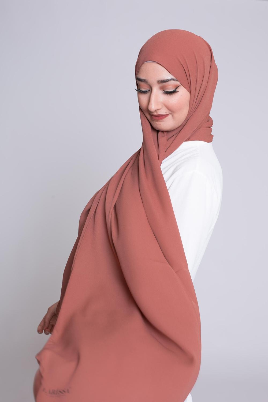 hijab luxe mousseline brique marroné