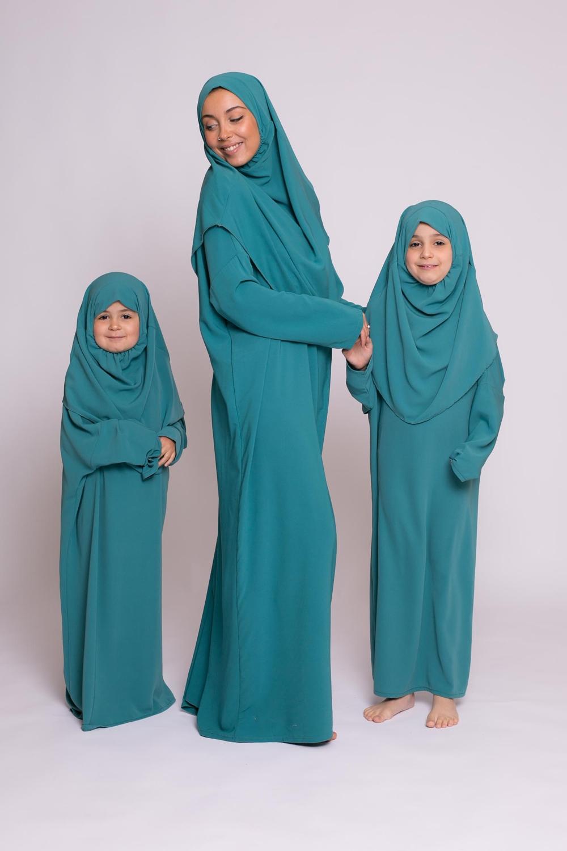 Robe hijab intégré soie de médine vert