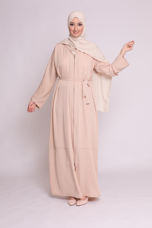 Abaya kiya nude
