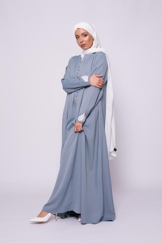 Robe brodée évasée bleu glacé