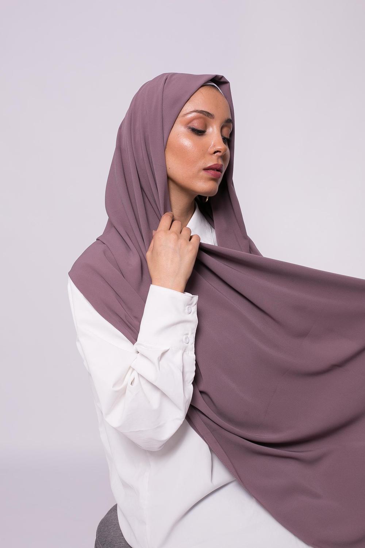 Hijab soie de médine taupe foncé