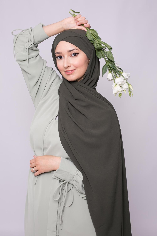 Hijab croisé à nouer soie de médine militaire