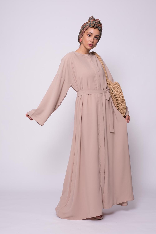 Abaya boutonnée médine nude