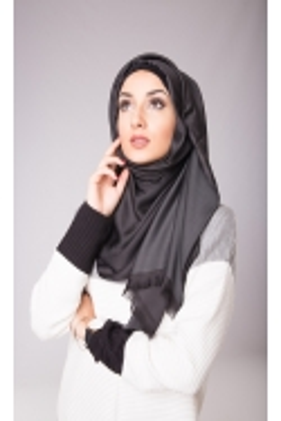 vêtements femme musulmane: Foulard de soie noir (sans fil noué)