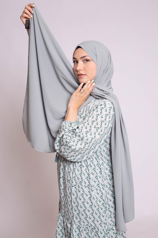 Hijab soie de médine vert amande