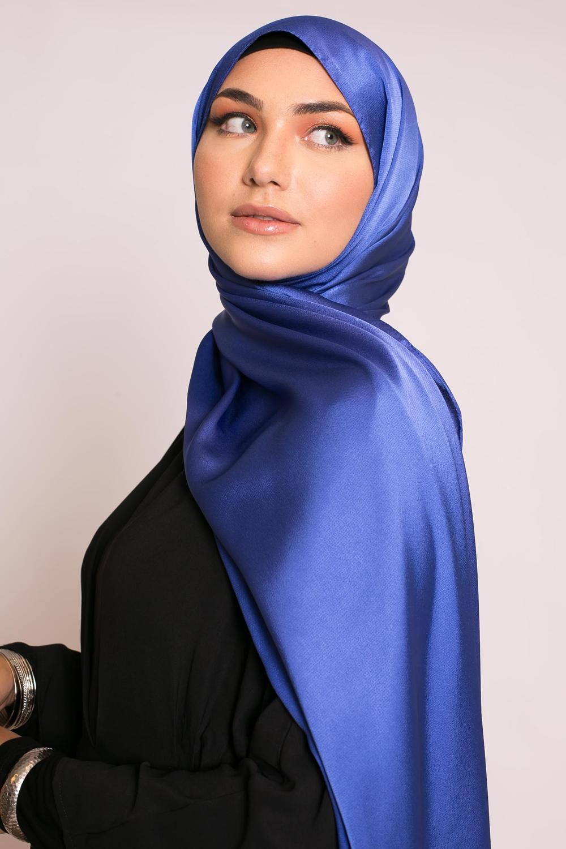 hijab sedef satiné bleu roi