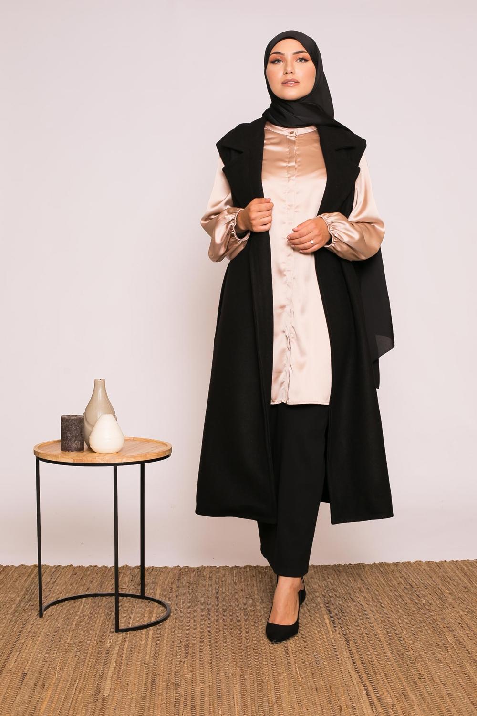 Manteau long chic sans manche noir
