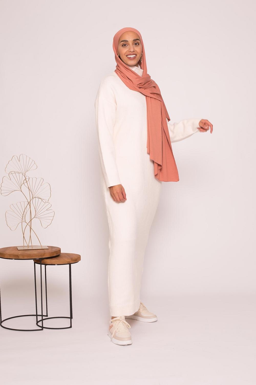 Robe pull col montant écru
