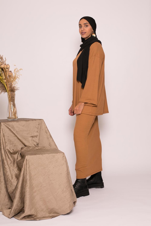 ensemble jupe et haut oversize camel