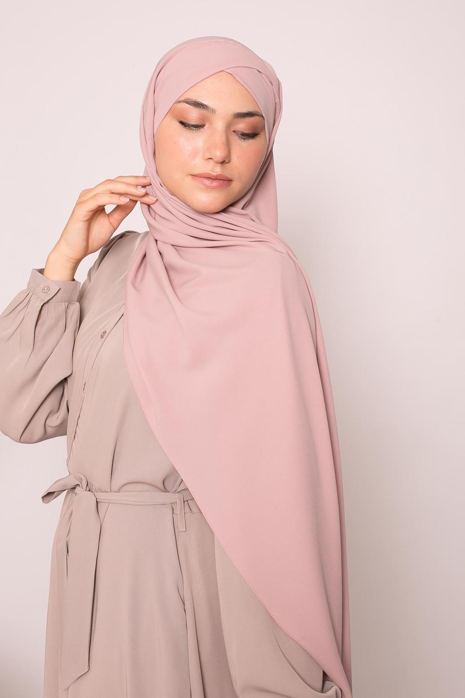Hijab croisé à nouer soie de médine vieux rose