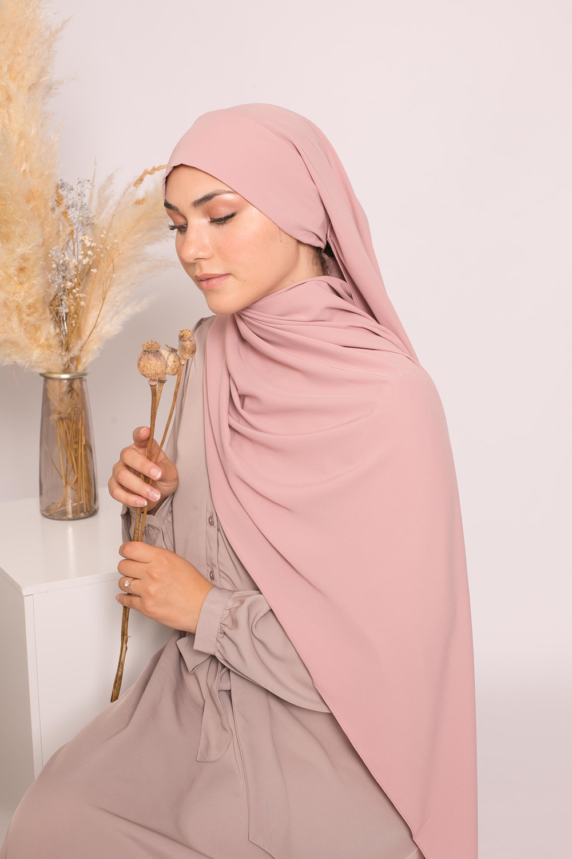 Hijab prêt à nouer soie de médine rosé