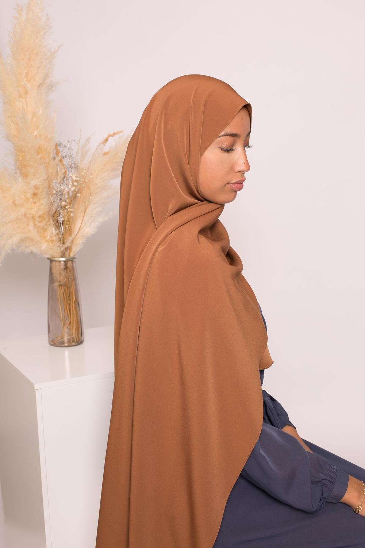 Hijab kristal camel
