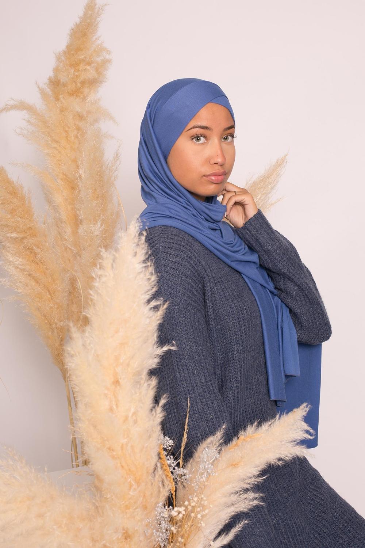Hijab croisé jersey luxe soft prêt à nouer denim