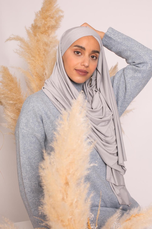 Hijab croisé jersey luxe soft prêt à nouer gris
