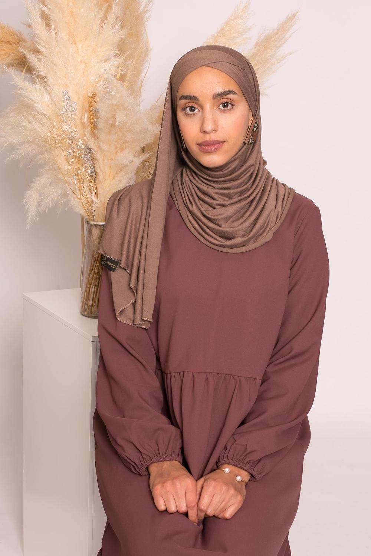 Hijab croisé jersey luxe soft prêt à nouer marron