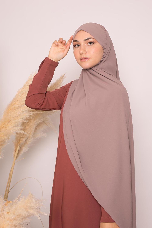 Hijab prêt à nouer soie de médine taupe