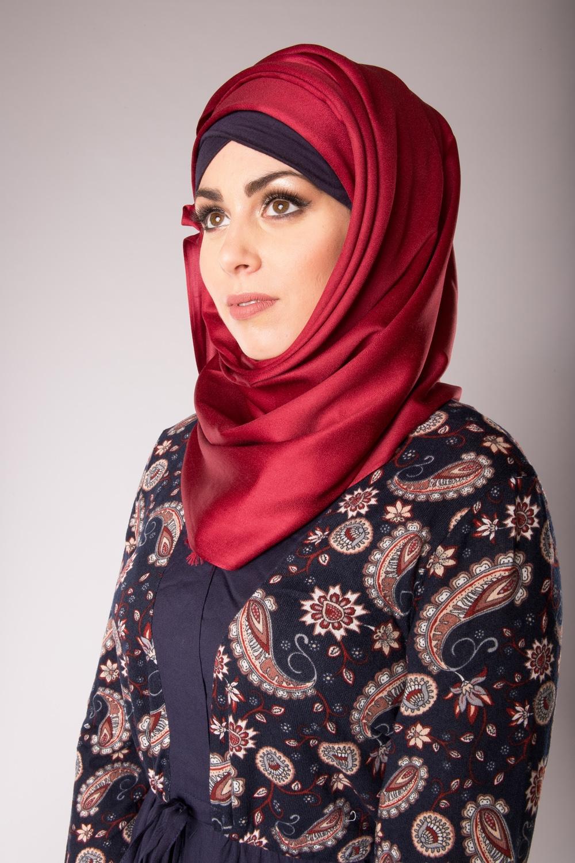 hijab de soie bordeaux