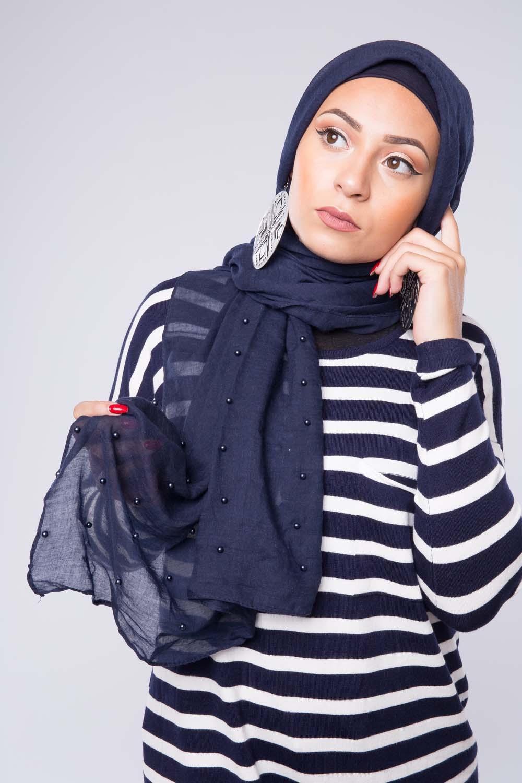 Hijab perlé bleu