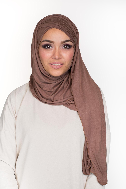 Hijab enfilable chataigne
