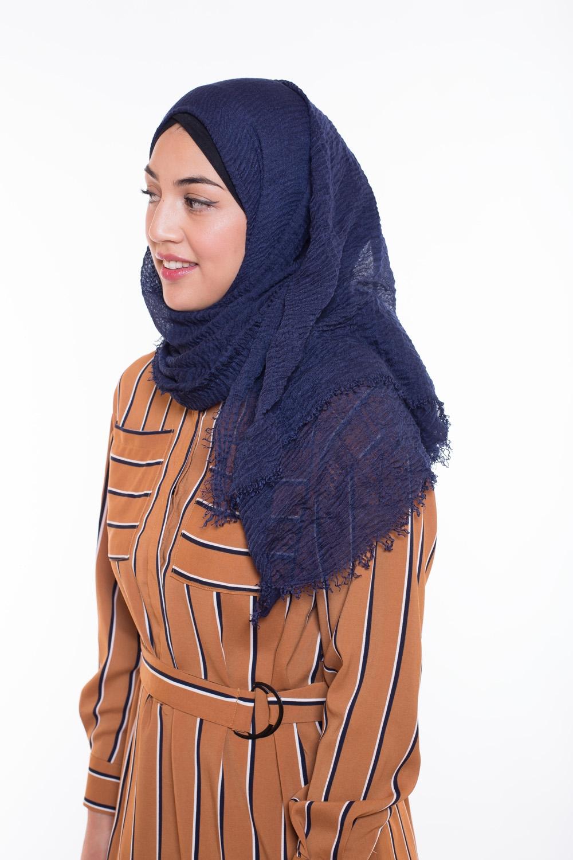 Hijab coton froissé bleu nuit