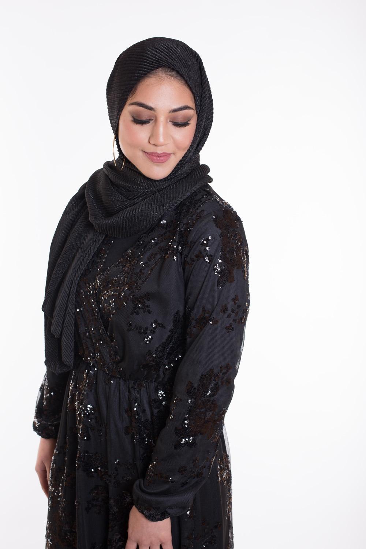 Hijab plissé de fête noir