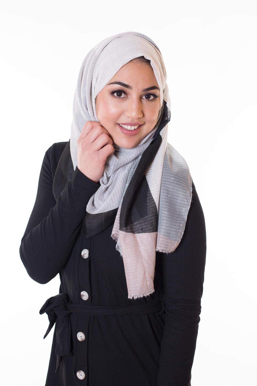 Hijab coton motif plumetis