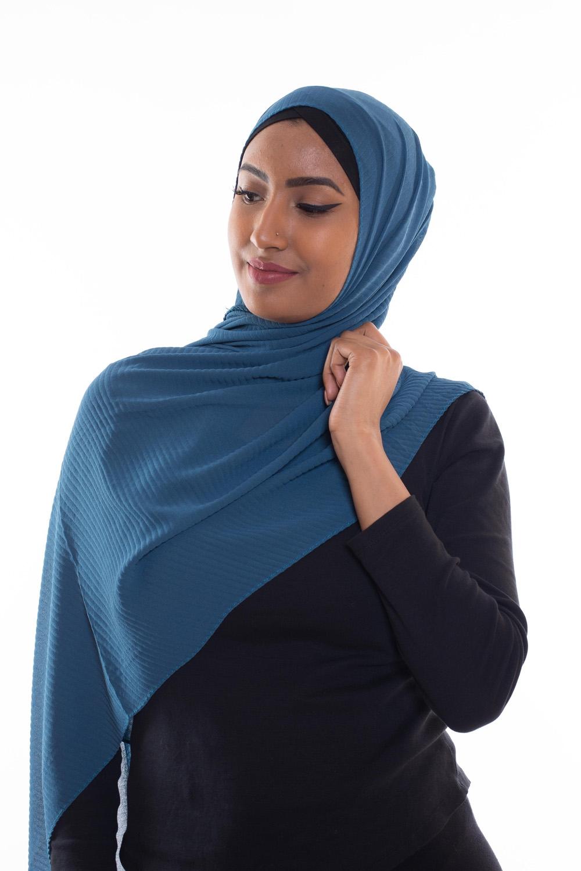 Hijab mousseline gauffré bleu azur