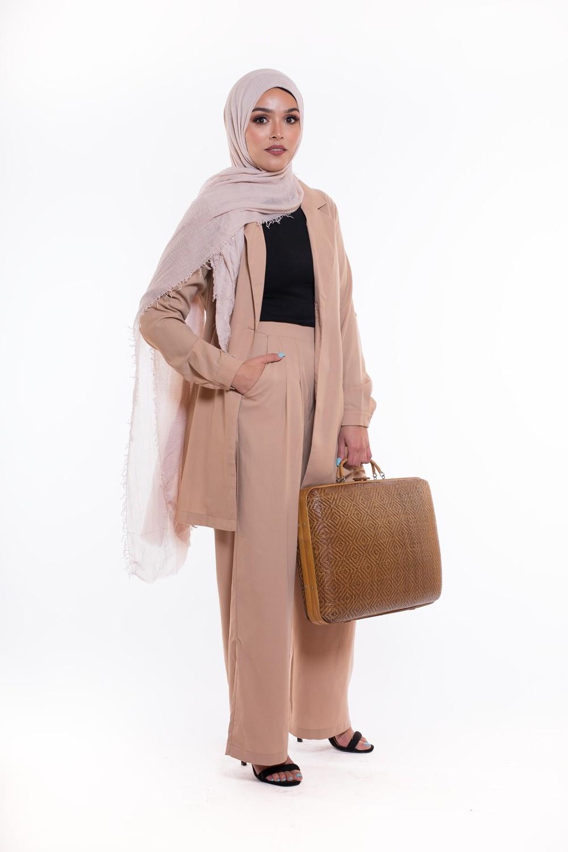 tailleur hijab pour femme couleur sable
