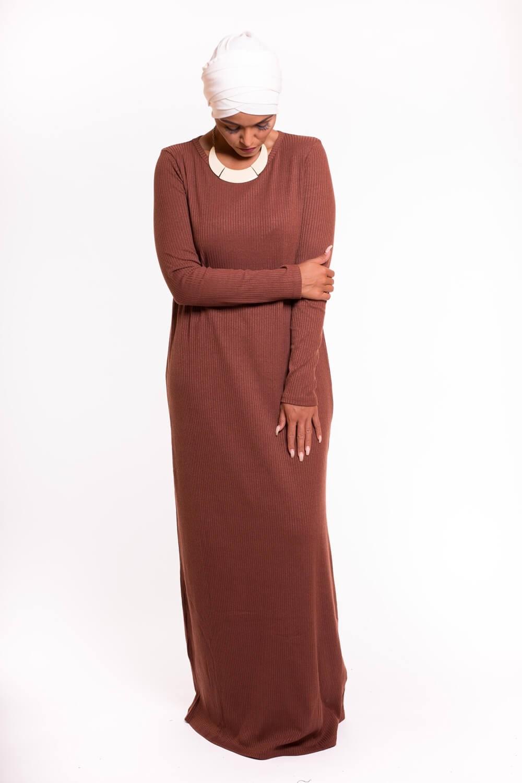 date de sortie: vraie affaire 100% authentifié robe pull longue camel