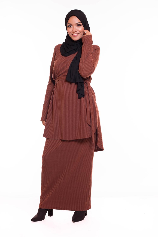 Ensemble skirt brown