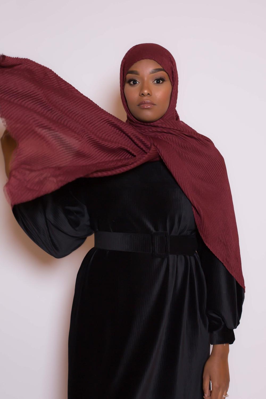 Hijab plissé bordeaux