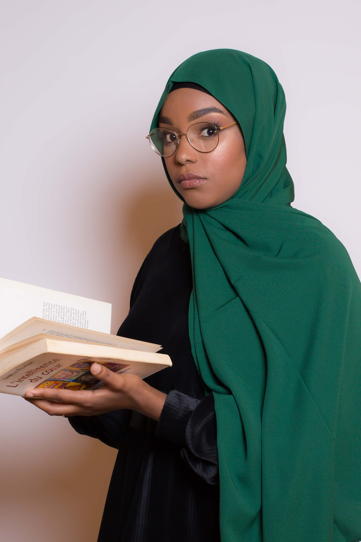 Hijab soie de médine vert bouteille